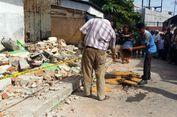 Tembok Sekolah Tiba-tiba Roboh Timpa Pemotor, 1 Tewas dan 4 Luka-luka