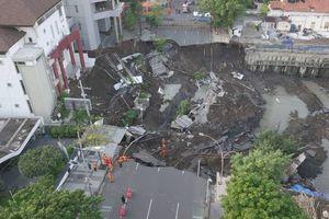 Amblesnya Jalan Gubeng Surabaya: Kesalahan Konstruksi RS SIloam atau Faktor Alam?