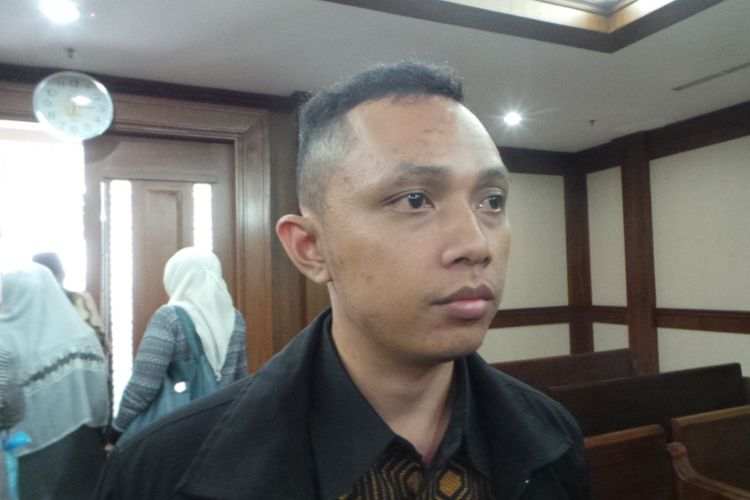 Kuasa Hukum First Travel Putra Kurniadi, saat ditemui wartawan di Pengadilan Niaga, Jakarta Pusat, Rabu (18/10/2017).