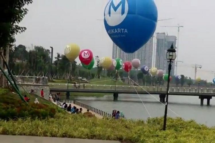 Kota mandiri Meikarta di Cikarang, Kabupaten Bekasi, Jawa Barat memiliki ruang terbuka hijau bernama Central Park seluas 100 hektar.