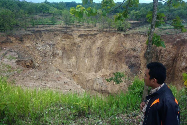 Air Luweng Blimbing   wilayah Dusun Serpeng Wetan, Desa Pacarejo, Kecamatan Semanu, Gunungkidul, Yogyakarta,  Habis Dalam Waktu 2 Jam
