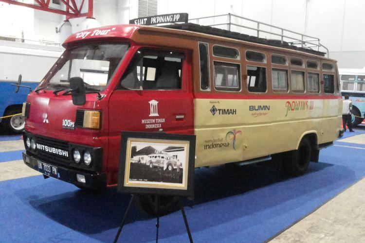 Bus Pownis asal Bangka menjadi satu dari beberapa bus lawas yang dipamerkan di acara Indonesia Classic N Unique Bus (Incubus) 2018 di Hall B Jakarta International Expo, Kemayoran, Jakarta Pusat pada 22-24 Maret 2018.