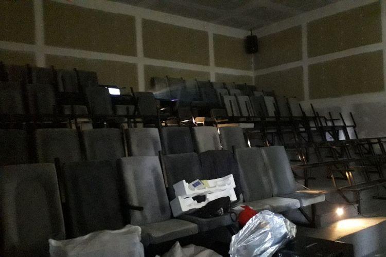 Tampak dalam salah satu teater di bioskop rakyat Pasar Teluk Gong, Jumat (8/3/2019).