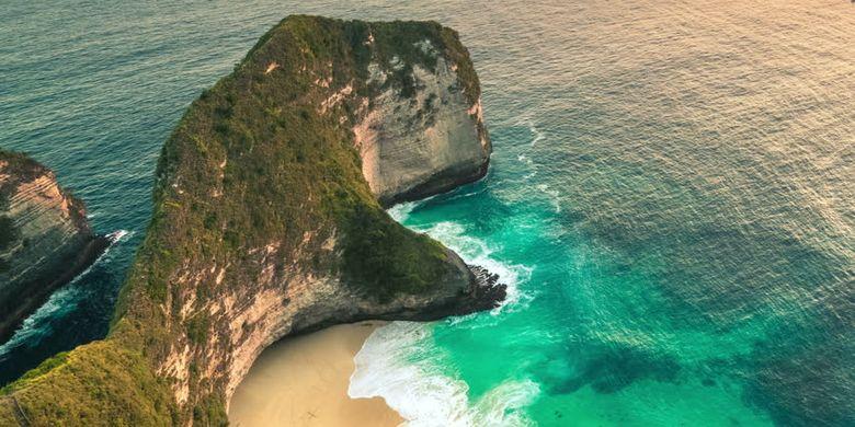 Pantai Kelingking di Nusa Penida, Bali.