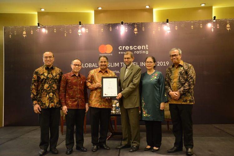 Publikasi Indonesia dinobatkan sebagai destinasi halal nomor satu versi Global Muslim Travel Index (GMTI) 2019 diPullman Hotel, Jakarta, Selasa (9/4/2019).