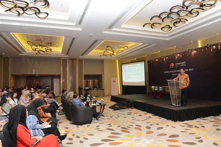 Menteri Pariwisata Arief Yahya berbicara mengenai destinasi wisata halal di Indonesia.