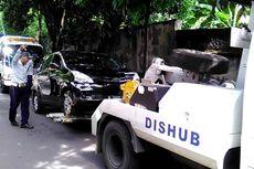 Berbahaya, Jangan Sampai Salah Cara Menderek Mobil