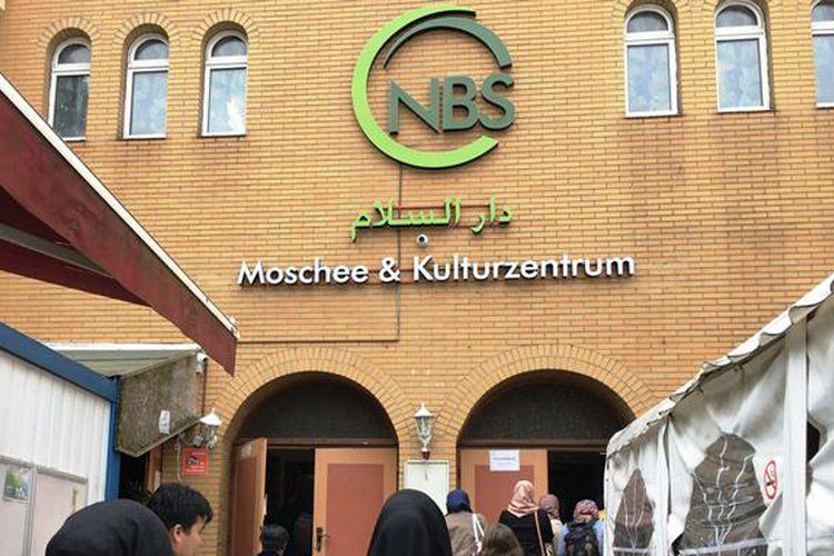 Neukölln, kawasan yang dulunya dianggap sarat masalah sosial di Berlin, saat ini justru menjadi simbol toleransi, khususnya bagi umat Islam.