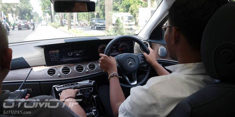 Test drive Mercedes-Benz E350e.