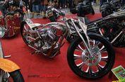 Motor 'Stainless-steel' Pukau Juri Internasional Kustomfest 2017