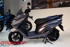 Suzuki Tersengsem Pasar Skutik Premium Indonesia