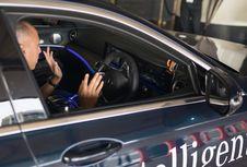 Dimanja Parkir Otomatis Mercedes-Benz E-Class