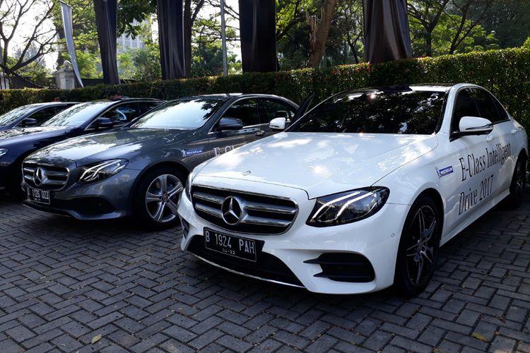 Mercedes-Benz E-Class, mobil termewah dunia 2017, siap diuji dan dieksplor fiturnya.
