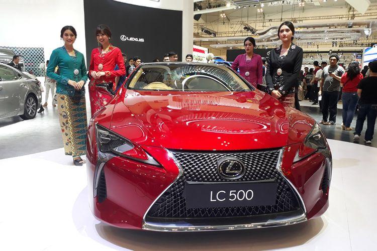Lexus LC 500 di GIIAS 2017.