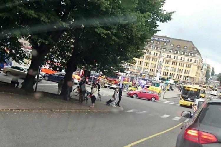 Market square di Kota Turku, Finlandia di mana sejumlah orang menjadi korban penusukan Jumat sore.
