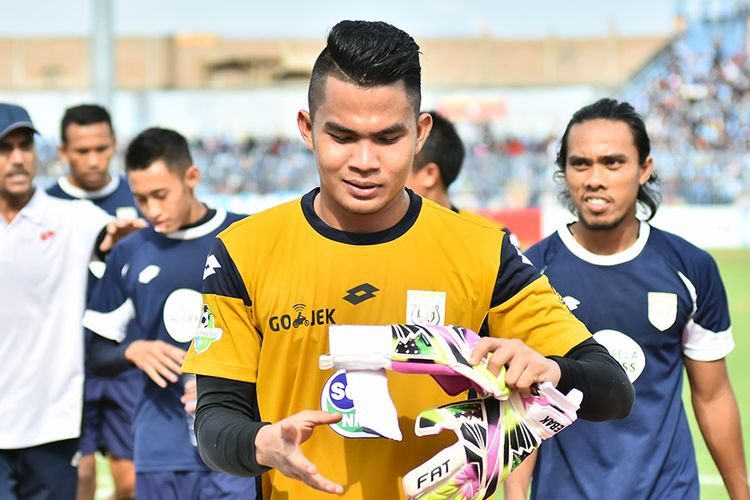 Alexander saat persiapan jelang memperkuat Persela Lamongan menghadapi Persiba Balikpapan, Minggu (5/11/2017).
