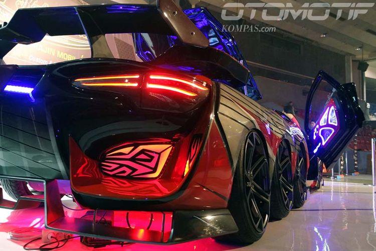 Toyota Yaris Kupu-kupu Malam dinobatkan sebagai Rajanya Black Auto Battle 2017.