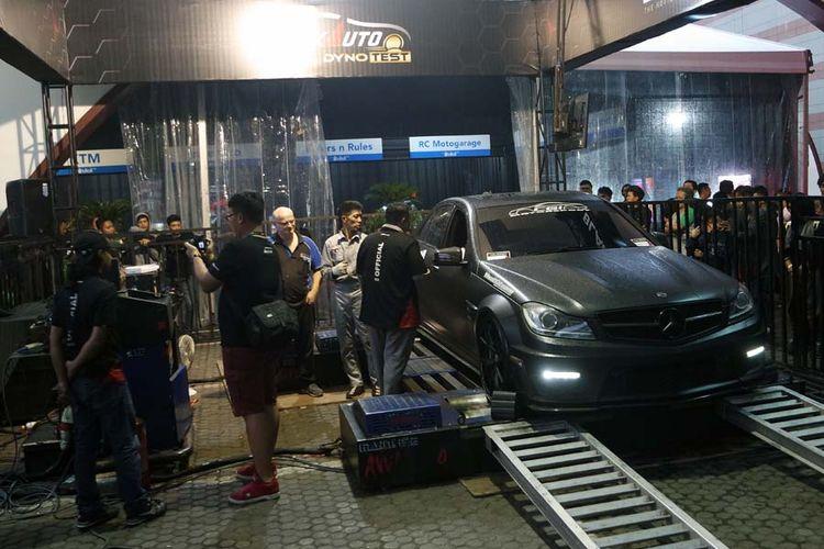 Mercedes-Benz C63 milik Fendy Gunawan (CGI Motorsport) menjadi jawara kelas FFA Auto Battle Dyno di Black Auto Battle pada Minggu (19/11/2017).