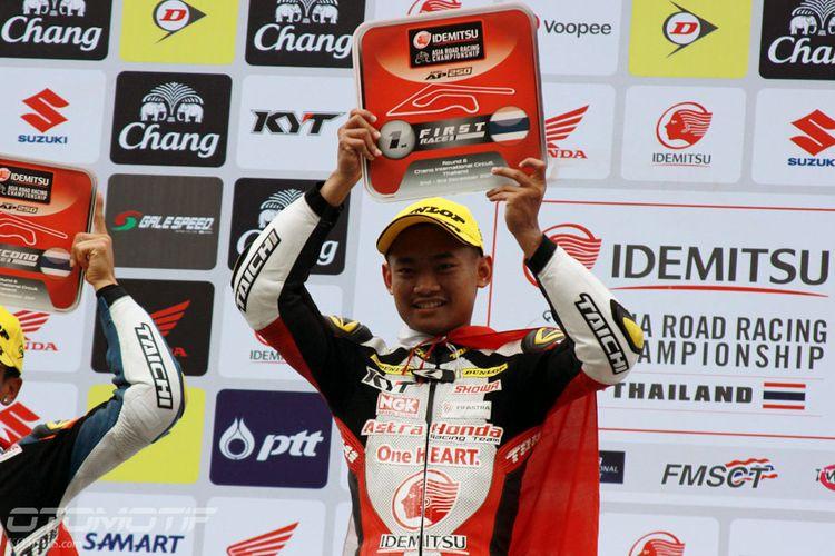 Rheza Denica Ahrens, pebalap Astra Honda Racing Team, berhasil mendapatkan podium pertama di balapan 1  Asia Road Racing Championship (ARRC) kelas Asia Production 250, di Chang International Circuit, Buriram, Thailand, Sabtu (2/12/2017).