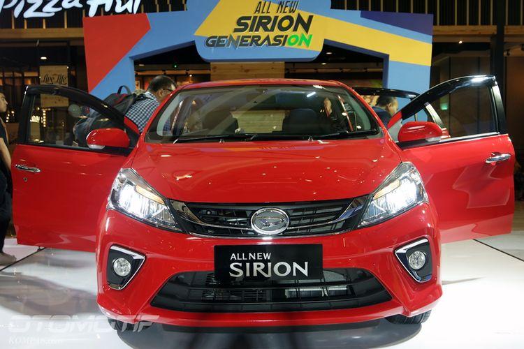 Generasi ketiga Daihatsu Sirion meluncur di Jakarta, Selasa (13/1/2018). Lampu depan semua LED, tidak ada proyektor.