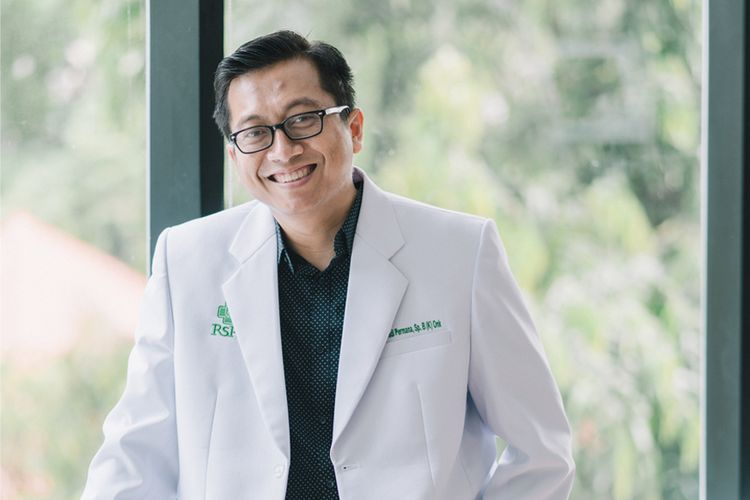 dr. M. Yadi Permana, Sp.B (K) Onk Dokter Spesialis Bedah Konsultan Bedah Onkologi RS Pondok Indah ? Pondok Indah