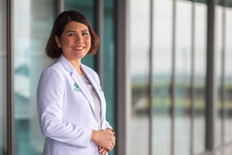 drg. Theresia Dhearine Pratiwi, Sp. KGA Dokter Gigi Spesialis Kedokteran Gigi Anak RS Pondok Indah ? Bintaro Jaya