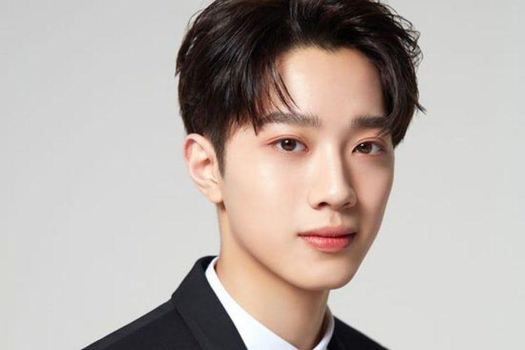 Lai Guanlin, penyanyi K-pop mantan member Wanna One.