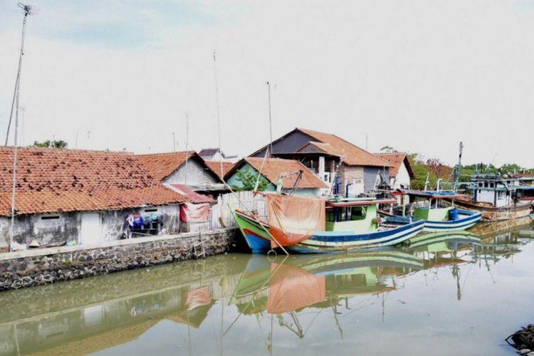 Kampung Nelayan Tegalsari.