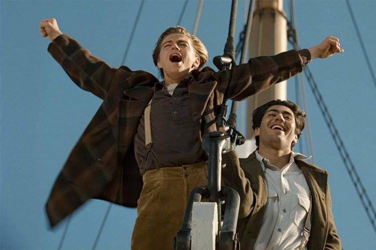 Salah satu adegan ikonik film Titanic.