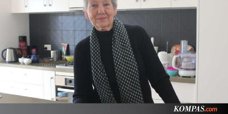 Helen, Wanita Australia yang Gemar Masak Makanan Indonesia