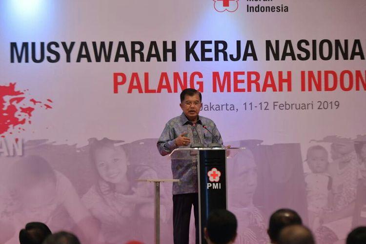 Wakil Presiden Jusuf Kalla saat membuka Mukernas PMI