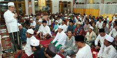 Bupati Banyuwangi Keliling Masjid, Paparkan Program Beasiswa