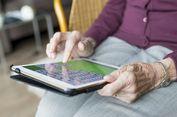 Orangtua Malas dengan Teknologi Digital? Riset Ungkap Alasannya