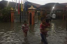 Hujan Guyur Pamekasan Selama 4 Jam, Kantor KPU Terendam Banjir