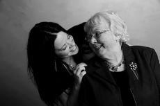 Nenek Kena Kanker Ovarium? Hati-Hati, Penyakit Itu Bisa Turun Ke Anda