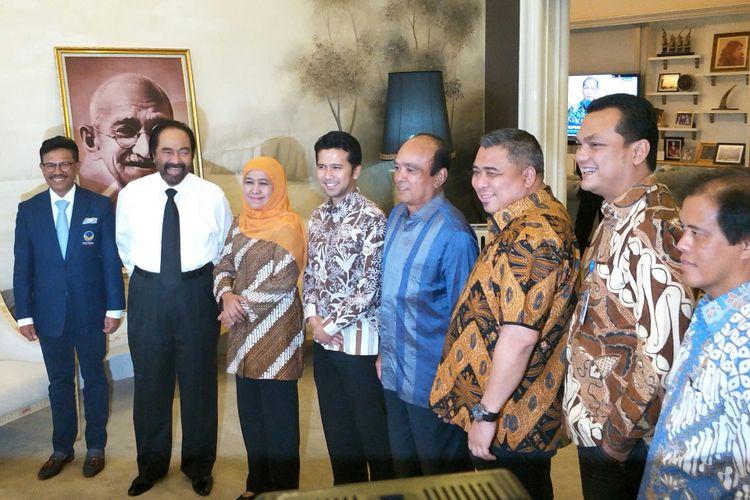 Pasangan Calon Gubernur dan Wakil Gubernur Jawa Timur Khofifah Indar Parawansa dan Emil Dardak menyambangi Kantor DPP Partai Nasdem, Jakarta, Senin (9/7/2018).