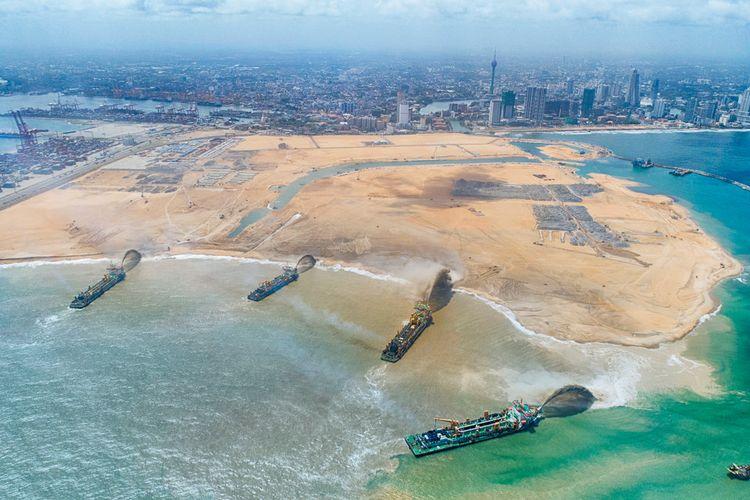 Menurut pengembang, fase pembangunan ini akan menambahkan sekitar 65 juta meter kubik pasir atau setara dengan 17 miliar galon.