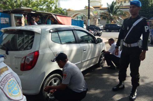 Parkir Sembarangan, Ban Mobil dan Motor Dikempiskan