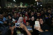 Rehat Kampanye, Risma Ajak Puti Soekarno 'Mlaku Mlaku Nang Tunjungan'
