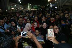 Rehat Kampanye, Risma Ajak Puti Soekarno