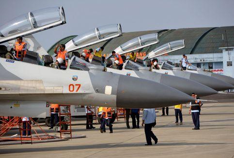 Kekurangan Pilot, Garuda Bakal Rekrut dari TNI AU