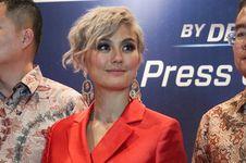 Lagu Kolaborasi Agnez Mo-Chris Brownn Dirilis Lebih Cepat di Indonesia
