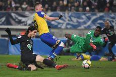 PSG ke Perempat Final, Dani Alves Jadi Kiper Dadakan