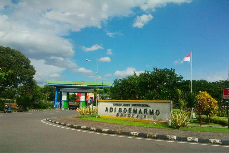 PT Angkasa Pura I Kantor Cabang Bandara Internasional Adi Soemarmo di Boyolali, Jawa Tengah.