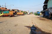 Kondisi Jalan Pasar Induk Beras Cipinang, yang PMD untuk Perbaikannya Sempat Ditolak...