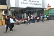 Seleksi CPNS Dibuka, Pemohon SKCK Serbu Kantor Polisi di Surabaya