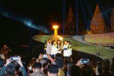 Di Candi Prambanan, 2 Legenda Atlet Indonesia Satukan Api Obor Asian Games 2018