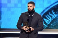 Penyanyi Rap Drake Dianggap Bawa Sial, AS Roma Buat Peraturan Kocak