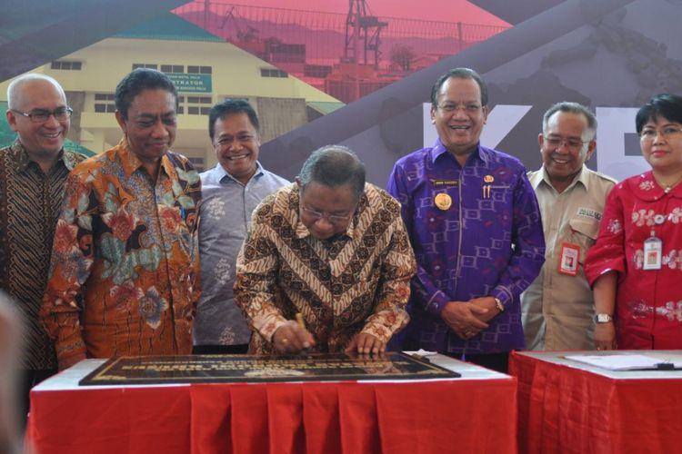 Menteri Koordinator Bidang Perekonomian Darmin Nasution Resmikan Kawasan Ekonomi Khusus Palu, Rabu (27/9/2017).