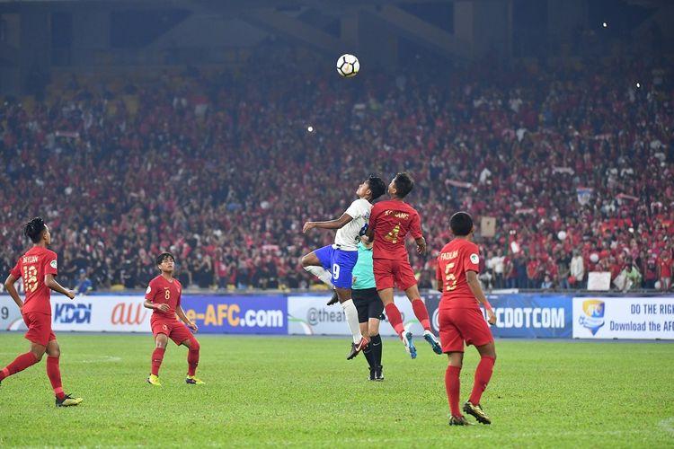Timnas U-16 Indonesia berhadapan dengan India pada laga pamungkas Grup C Piala Asia U-16 2018 di Stadion Bukit Jalil, 27 September 2018.